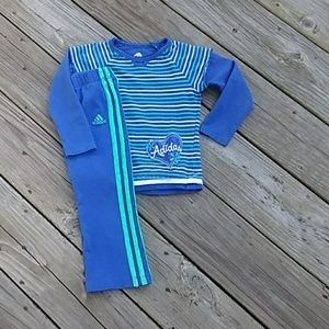 💕Adidas Girls outfit size 3T. EUC